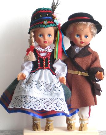 http://www.folklor-lalki.pl/foto/medium/para30_kurp_440_IMG_1032.jpg